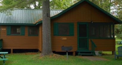 Private rentals on fourth lake for your best weekend Cottages of camp creek